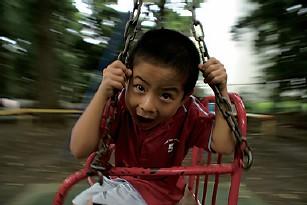 아이들의 움직임이 있는 몸짓을 담는 촬영기법(움직임을 넣는 법)